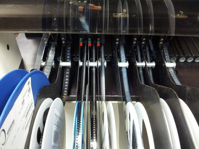 pick_and_place_machine_reels
