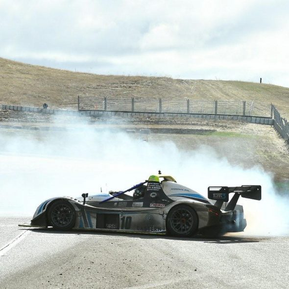 turn_3_motorsport_thunderhill_smoke_donuts